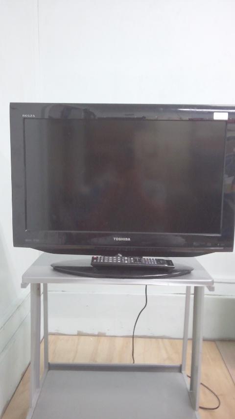 東芝製の液晶テレビ(REGZA・26RE1)