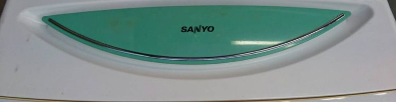 3,000円で2006年製・サンヨー製の洗濯機(ASW-B60V)など廃品回収 東京都杉並区の高円寺で家電の引き取り