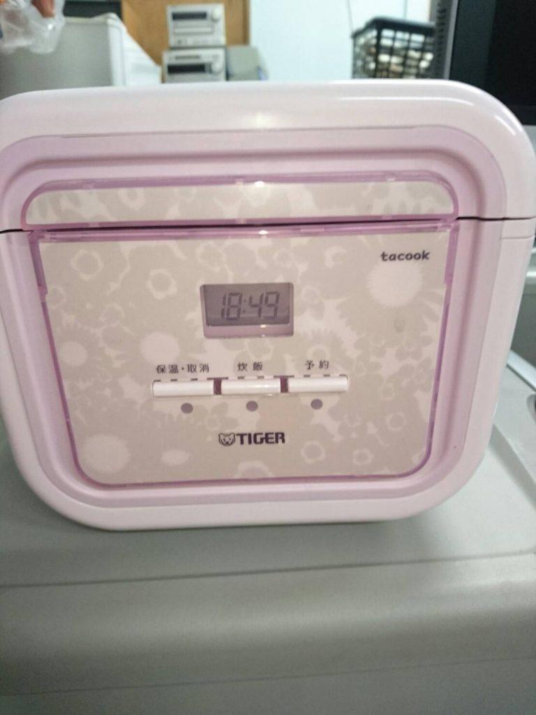 タイガー製の炊飯器(JAJ-A552)