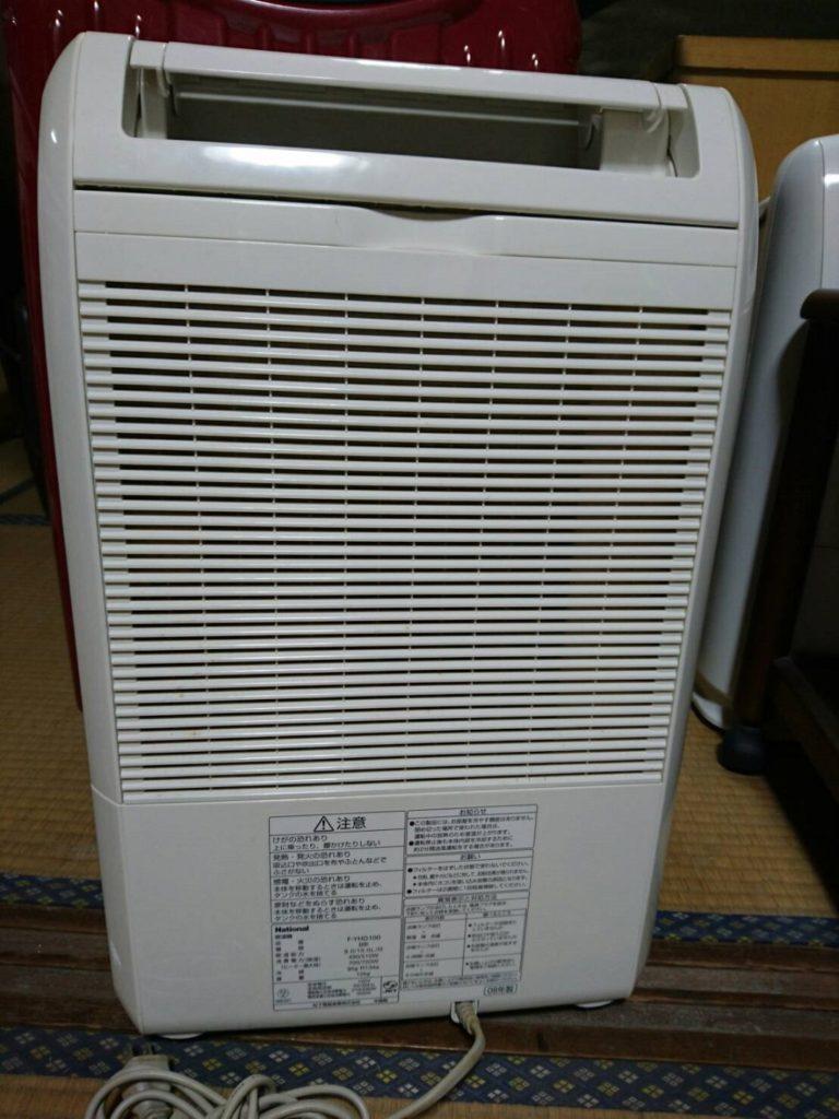 パナソニック製の除湿器(F-YHD-100)