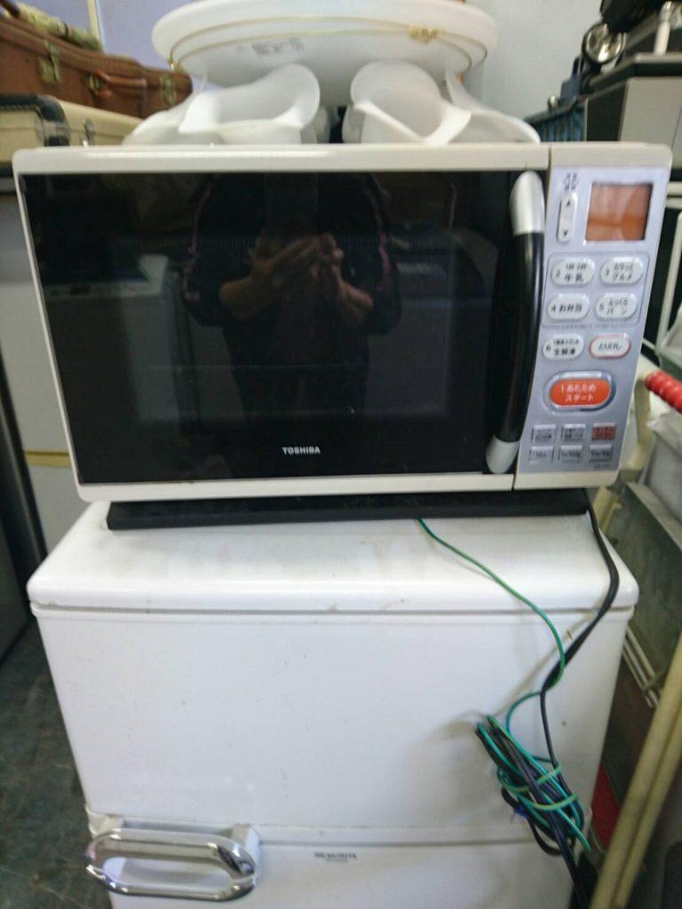東芝製の電子オーブンレンジ(ER-YJ3)