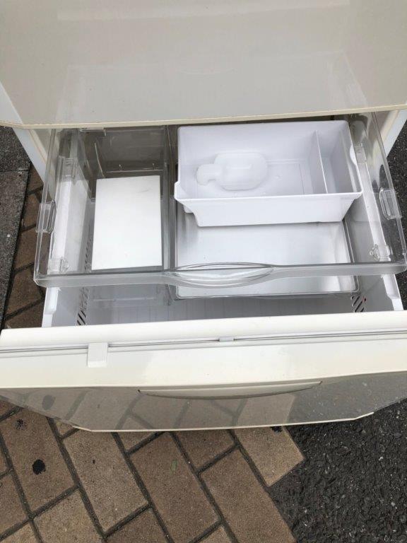 冷蔵庫の引き出し