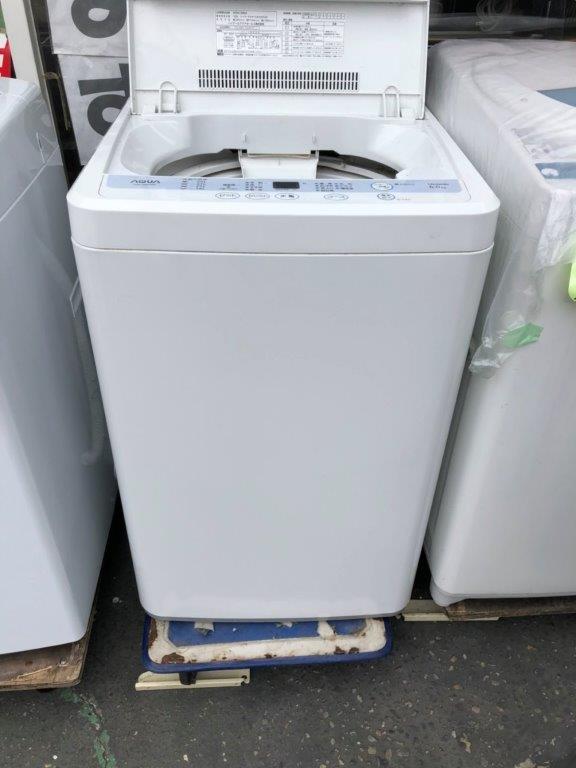 ハイアール製の洗濯機(AQW-S60A)