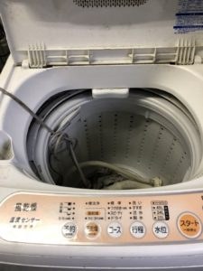 洗濯機の室内
