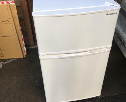 エスキュービズムの冷蔵庫