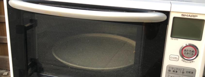 シャープ製の電子レンジ