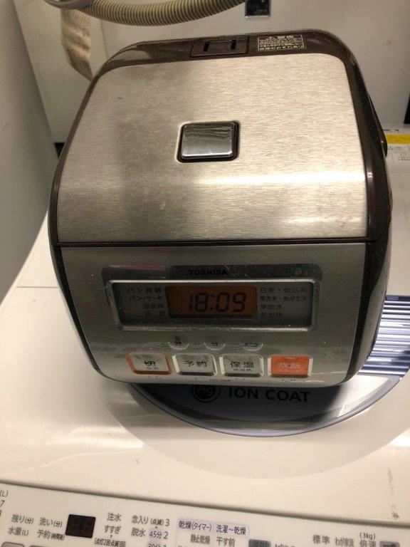 東芝製の炊飯器