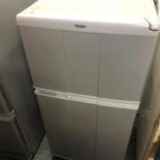 ハイアール製の2ドア冷蔵庫