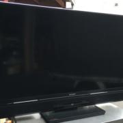 壊れた液晶テレビ(三菱)