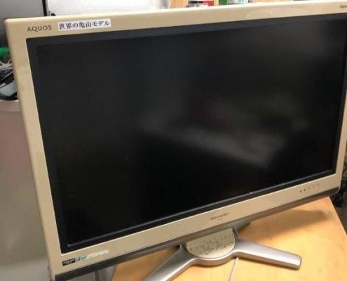 壊れた液晶テレビ(シャープ)